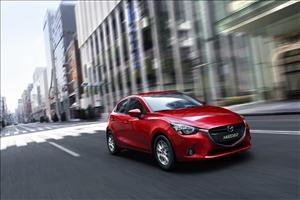 Mazda2, la piccola ammiraglia diventa ibrida - image 1_midi on https://motori.net