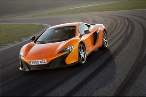 McLaren 650S GT3, svelata a Goodwood - image 1_midi on https://motori.net