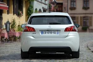 Doppia festa allo stabilimento Peugeot - image 1_midi on http://auto.motori.net