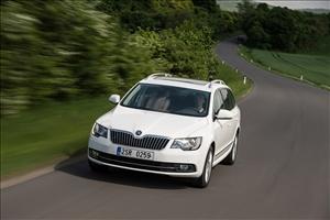La Lighting Technology debutta sulla nuova Škoda Superb - image 1_midi on http://auto.motori.net