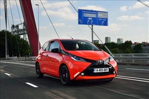 Toyota Aygo Fun Sharing - image 1_midi on https://motori.net
