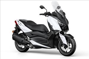 Nuovo Yamaha X-MAX 400 m.y. 2018 - image 1_midi on http://moto.motori.net